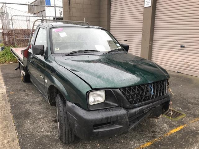 Mitsubishi L200/Triton K67T